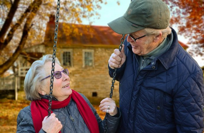 Scientific Study Explains the Unpleasant Body Odor Emanated by Elderly People